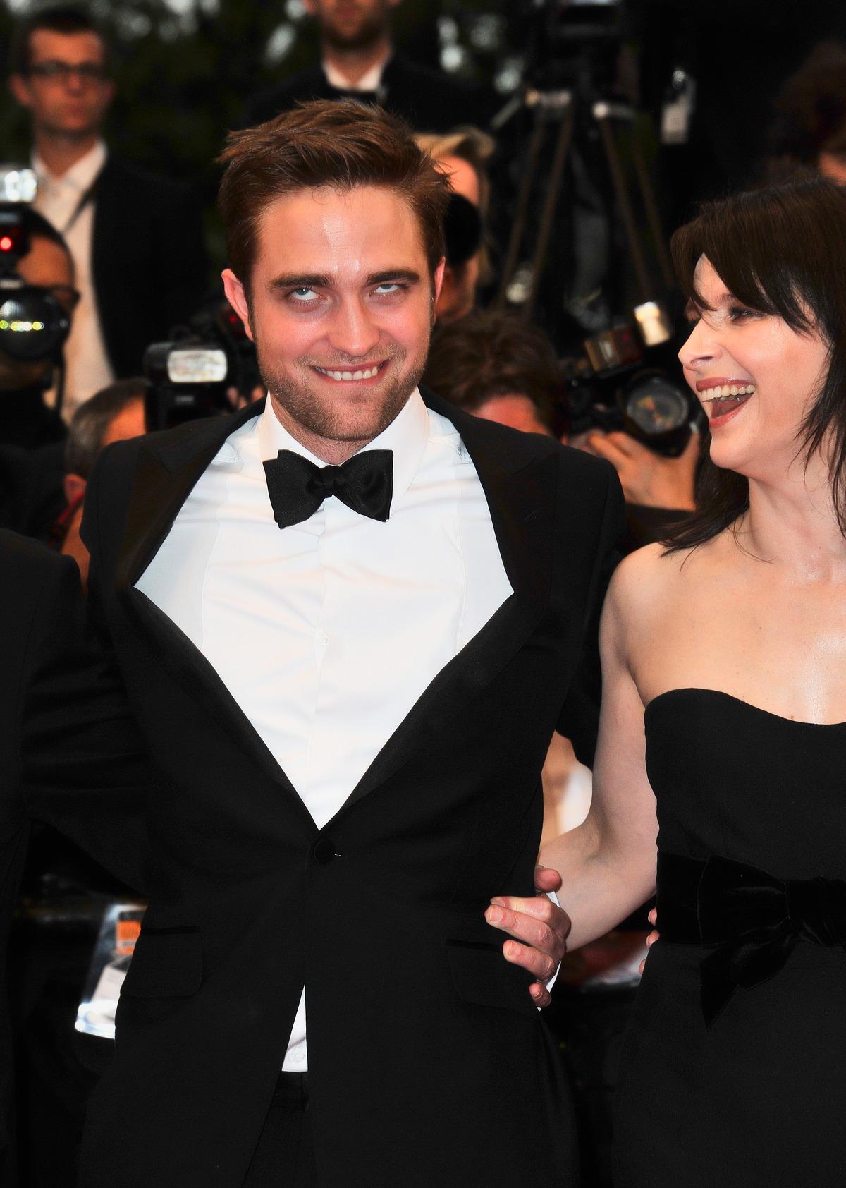 Robert Pattinson und Juliette Binoche